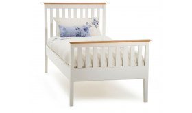 Łóżko w stylu skandynawskim Aster
