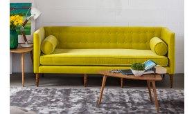 sofa na wysokich nogach Aura